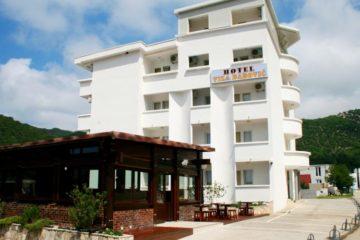Hotel vila Babovic 3* Čanj