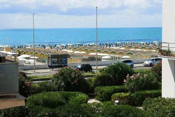 roma beach 8