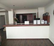 Recepcija hotela New York u Rodosu u Grčkoj.